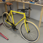 Fahrrad in Zinkgelb