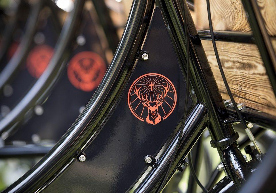 Fahrradrahmen mit Jägermeister Logo